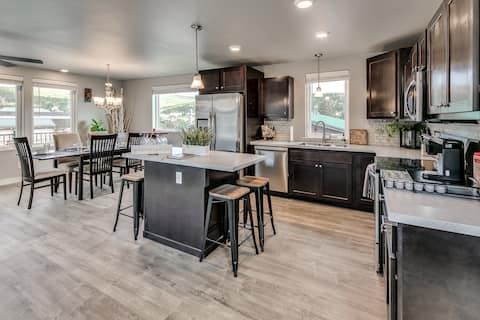Mountain Home In Heart of Town- 30 Mins to Boulder