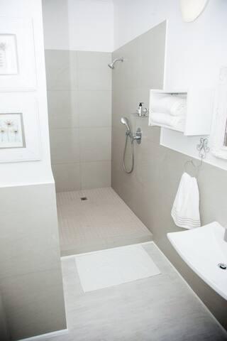 The Good Life fully equipped unit Upper Glenwood - Berea - Apartament