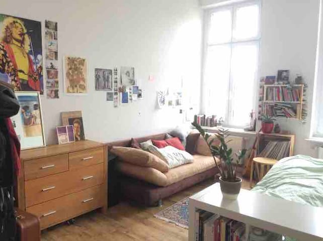 another artist room in the heart of Berlin Mitte