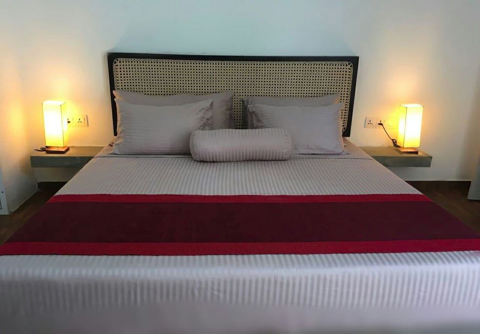 luxury bedding with king size comfy beds