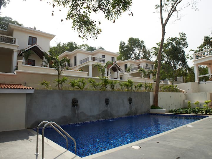 Deluxe 3BHK Villa in Naturally Tranquil Soccoro