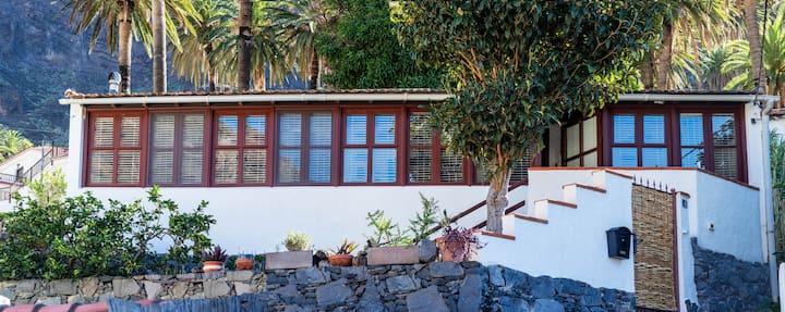Casa SOTEA Gemütliches Ferienhaus im oberen Tal