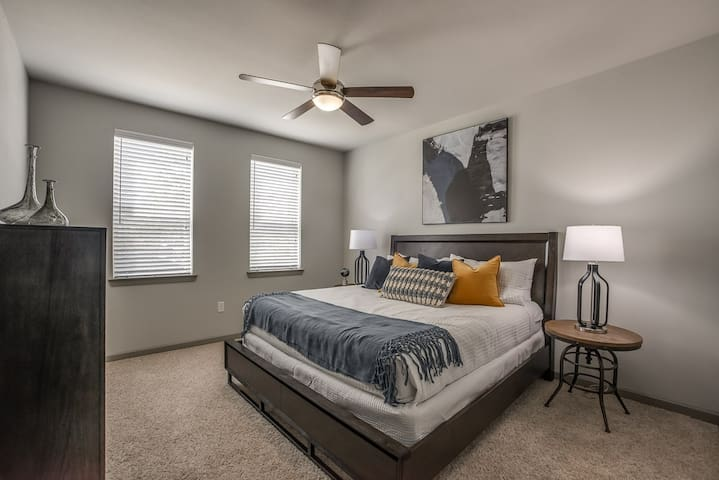 Frisco/Plano/North Dallas 1BR Corporate Apt (304)