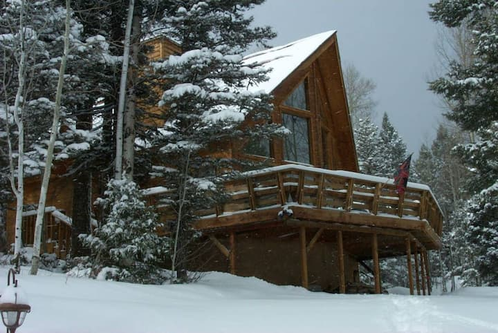 Ski Season is coming!  Perfect Mountain Getaway!!