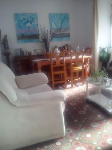 Casa andaluza a 5 minutos en coche de Gibraltar - Puente Mayorga - House