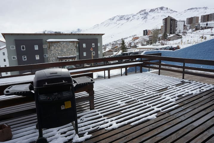Depto gran terraza con acceso directo a pistas