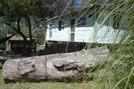 Ecocasa, Mud House. Laguna de jose ignacio