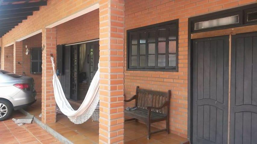 Quartos de casal em Balneário Piçarras/SC - Piçarras - Hus