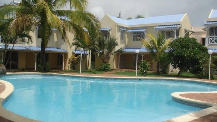 Bungalow with swim pool 3 bedroom