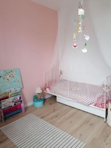 Chambre enfant 1 lit 1 place
