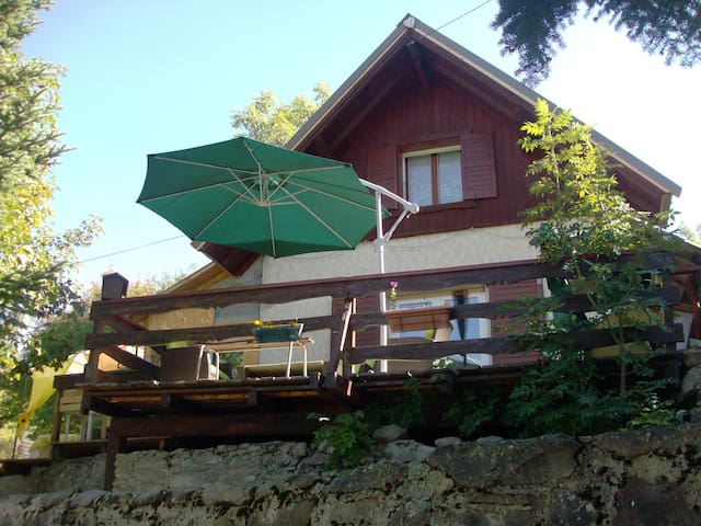 Beau Chalet pleine nature à Allos - Allos - Haus