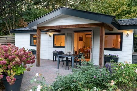 Social distance - Luxe huisje met ontbijt (Veluwe)