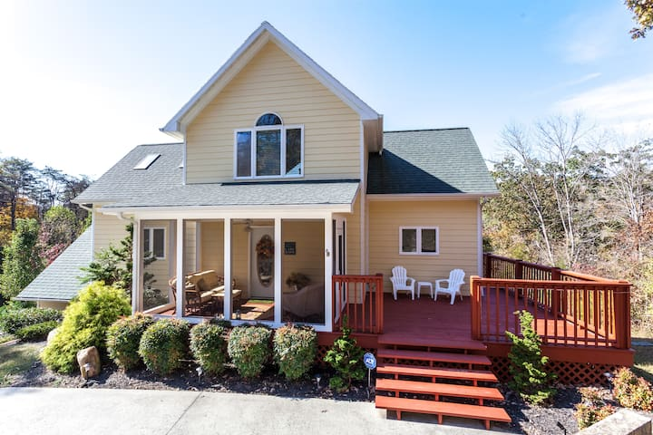 Cape Norris 3BR, 2B Lake front - New Tazewell - บ้าน