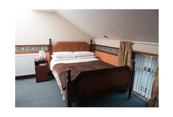 Creeve House Country Guest Inn Bedroom 3