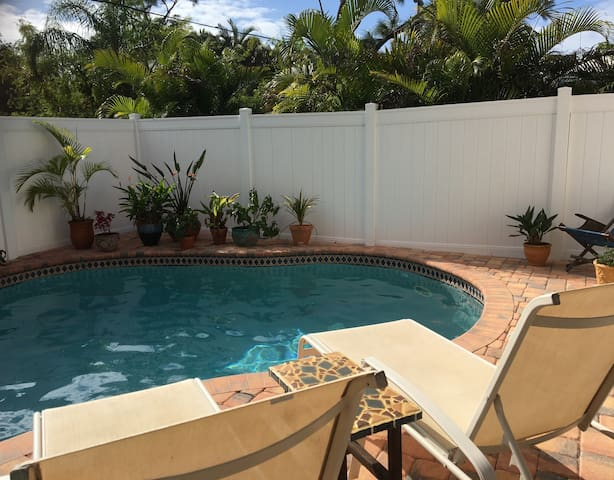 Private Poolside room w/ own entrance  & bathroom