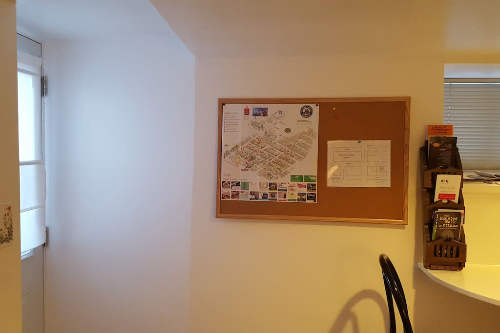 The entrance has a map of the area and may tourism brochures and restaurant menus.