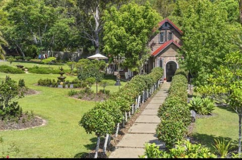 Magnolia Manor Rustikale Kapelle auf Acreage