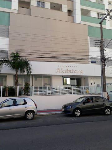 LINDO apto em São.José ao lado de Florianópolis.SC