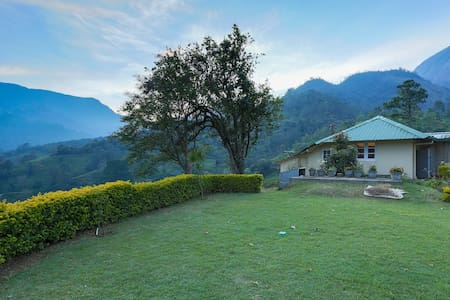 Thalayar Valley Bungalow Tea PlantationExperience - Munnar - Bungalow
