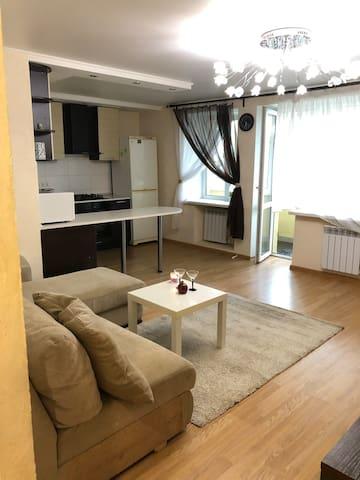 Уютная квартира с джакузи рядом с метро Аметьево