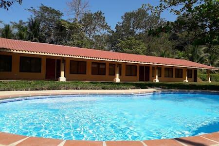 Las Lapas Lodge - Tarcoles