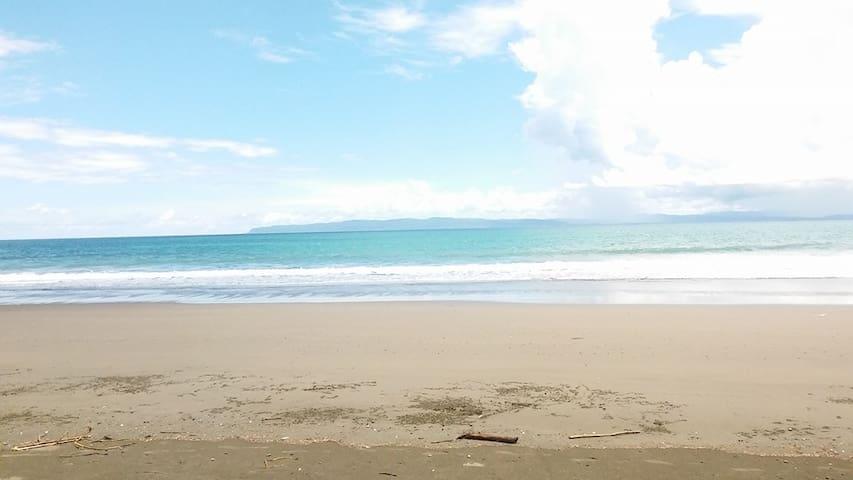 Los Loritos - Playa Zancudo - Butikový hotel