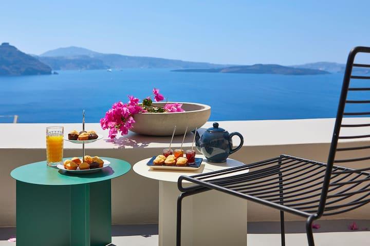 Luxurious Villa with Caldera View-Outdoor Hot Tub