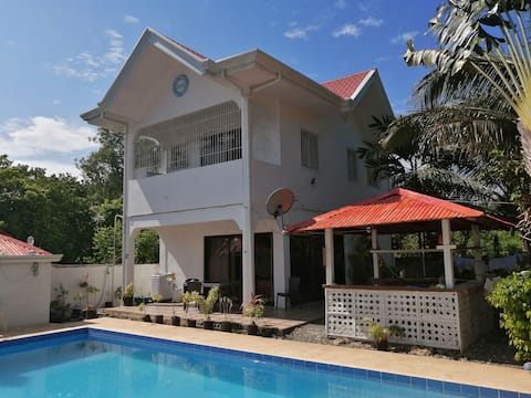 Home stay Vacation  including Free Breakfast.!