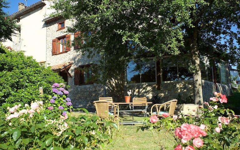 Un écrin de verdure à 3' de Foix - Cos - Casa