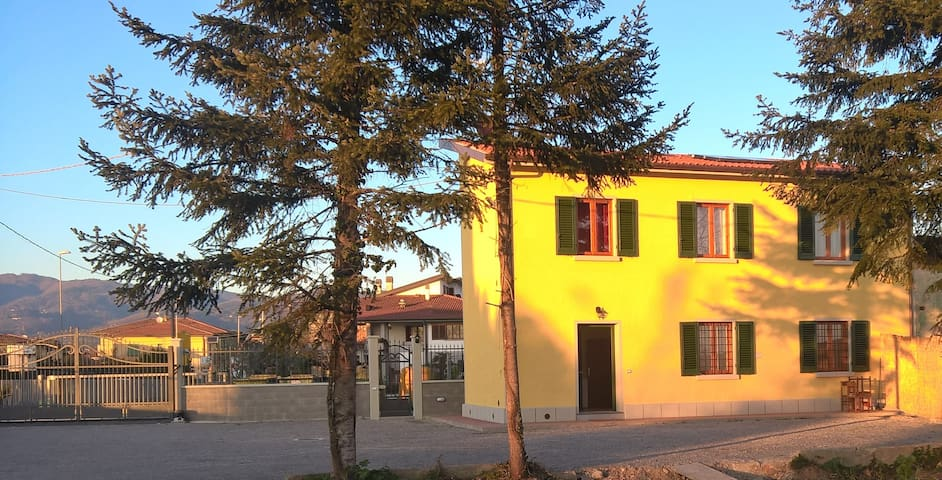 TENUTA BRACCINI APPARTAMENTO SOLE - Montecatini Terme