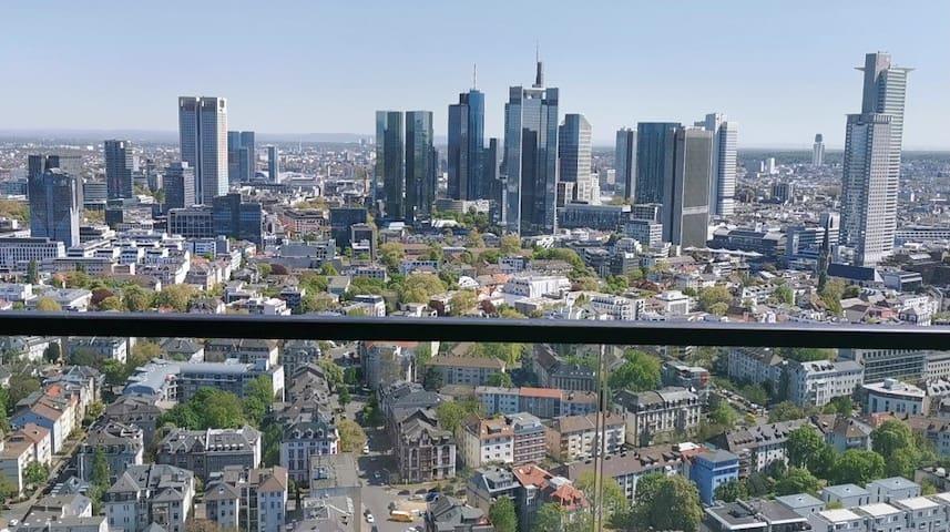 40.OG Penthouse mit atemberaubendem Skyline-Blick!