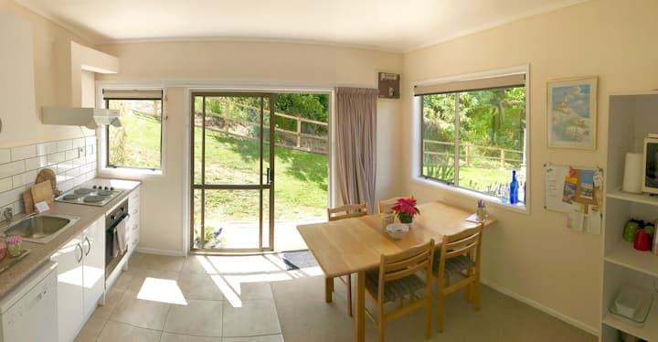 Perfect Base in Opua for Couples or Families