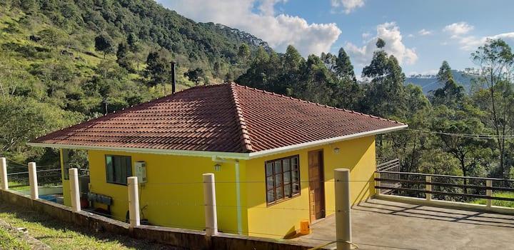 Sítio Mina Benta - Casa Amarela