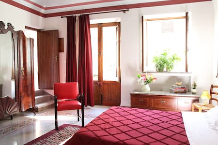 Comfortable accommodation close to the airport - Cinisi - Bed & Breakfast