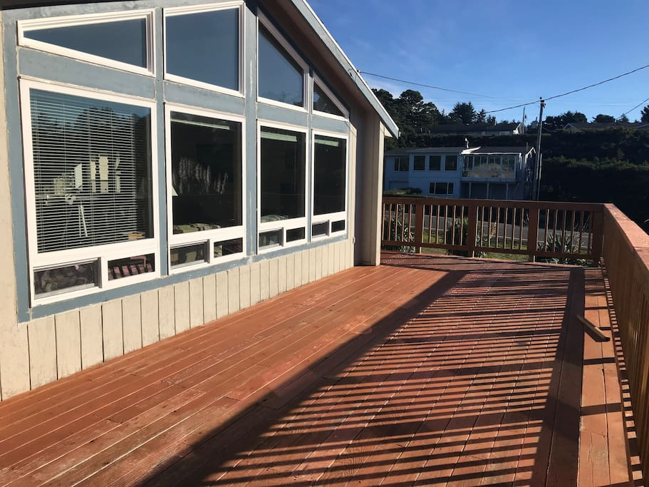 The deck is a great place to relax and get fresh air, good for dogs too!