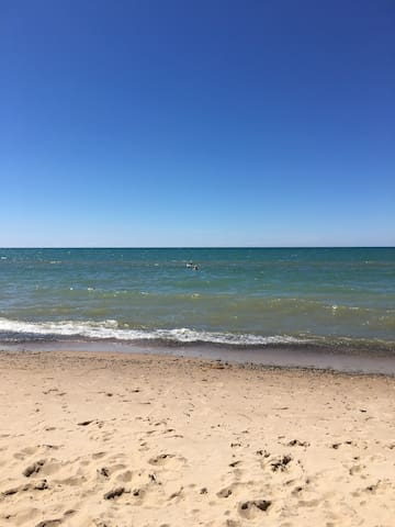 Sunset Paradise-Lake Michigan-gorgeous views! - Lake Michigan Beach - Condominio