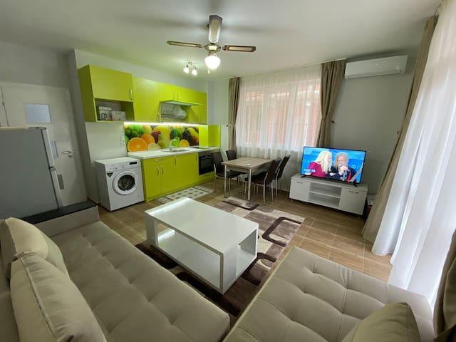 Апартамент под наем за нощувка, в гр. Сандански