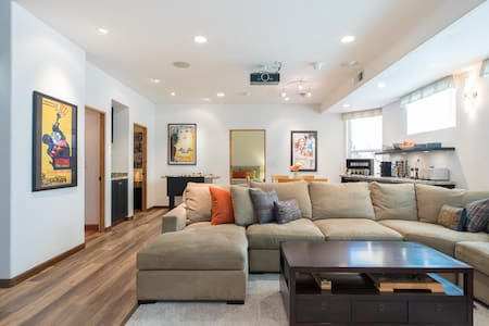 Gorgeous, comfortable two bedroom Suite