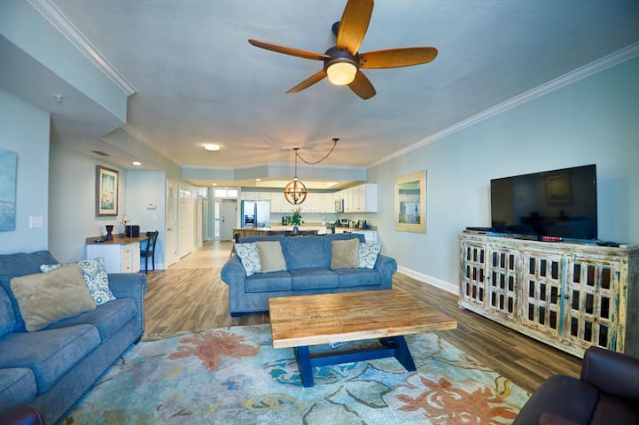 Fantastic Rates! BOOK NOW AND SAVE!*2BR/2.5BA*The Moorings unit 516