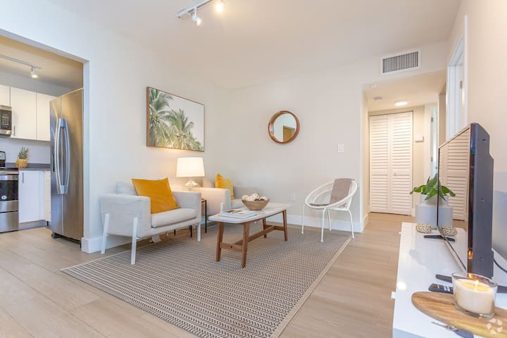 Orduna Court | Coral Gables | Boutique 3BR + 2BTH
