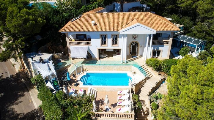 Luxury Villa Badia in Portals Nous