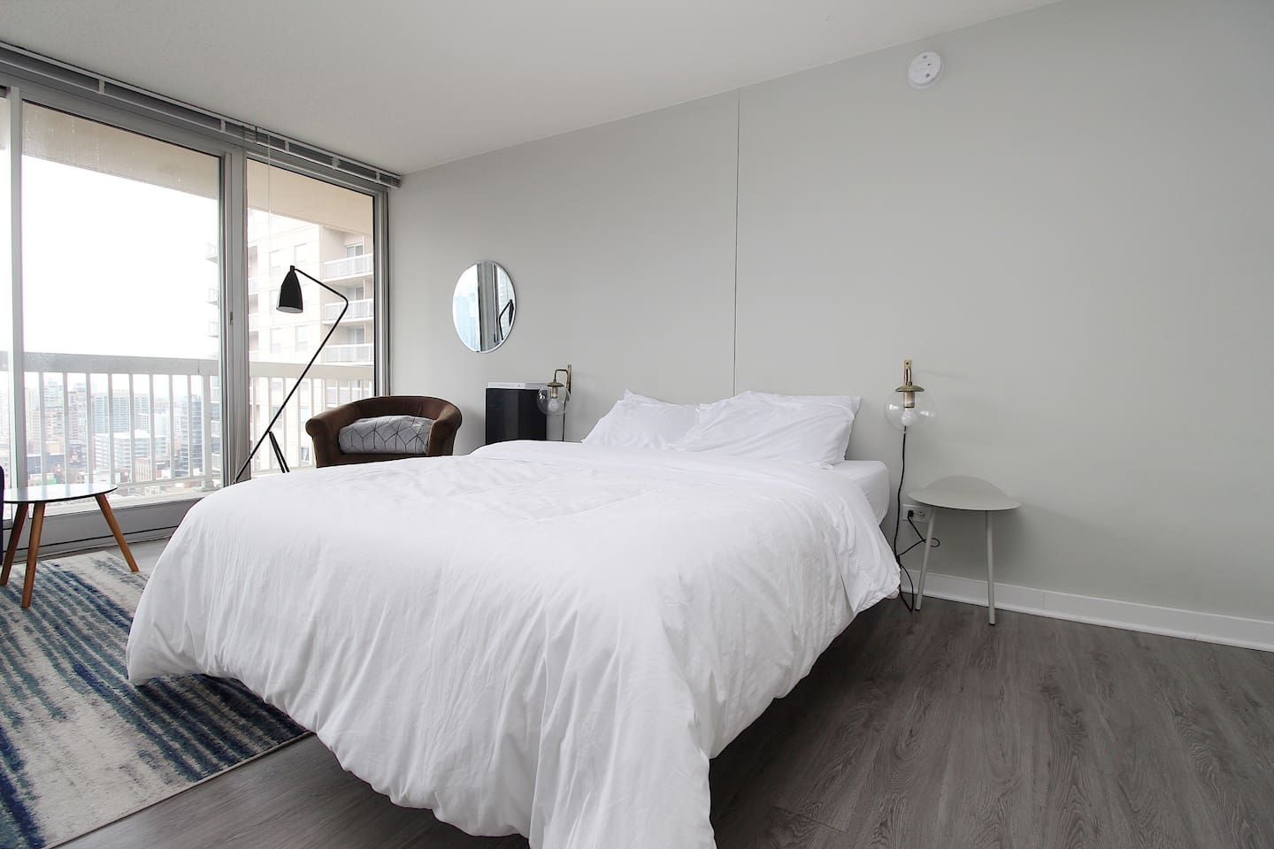 """What an amazing space for staying in the city!  Within walking distance from everything and the view from this apartment was amazing.  It really was better than staying at a hotel and the space was so incredibly clean. I would highly recommend."""