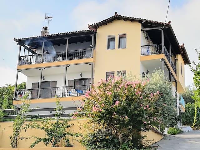 Villa Sakis 3