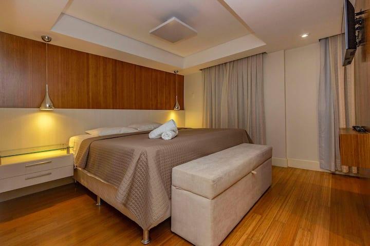 Confortável Apto Pertinho da Praia de Bombas- 2 dorms 4 pessoas - Excelente Localização
