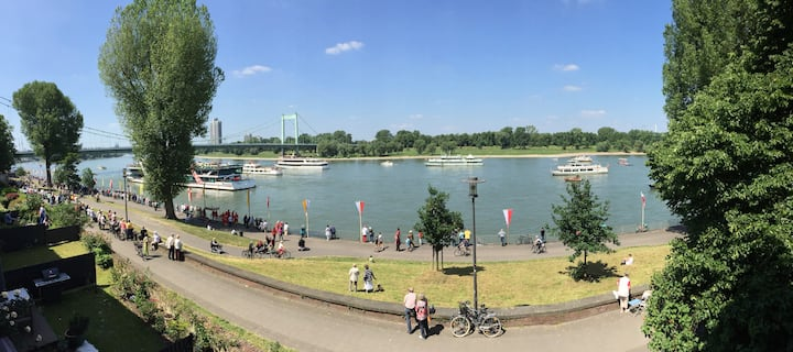 """Apartment with a """"Rhein"""" view"""