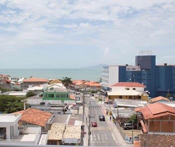 Linda vista da praia dos ingleses - Florianopolis