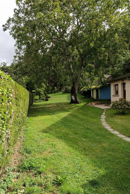 Maison grand jardin 2 minutes à pieds de la jetée