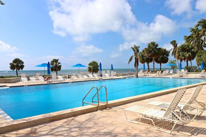 Key West Luxury 2 BR 2 BA Condo