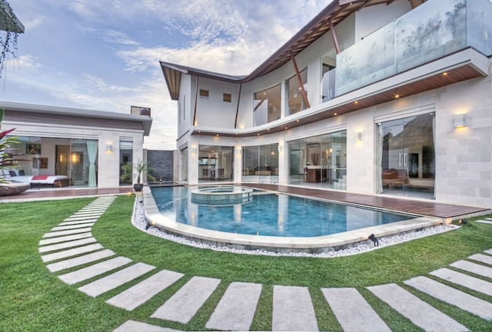 Swimming Pool with Villa view