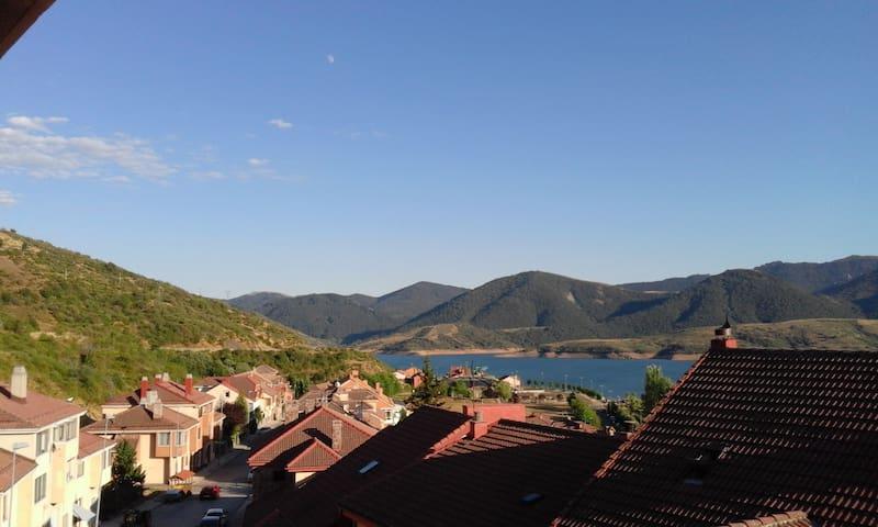 Habitación con baño en Riaño, Picos de Europa - Riaño - Apartamento